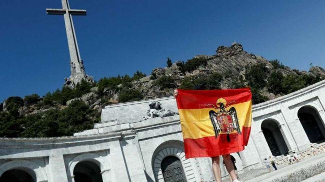 España busca saldar la deuda con su historia reciente