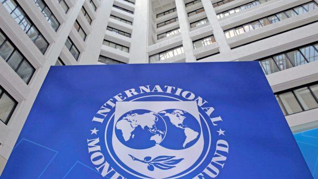 El FMI destacó las medidas del Gobierno para frenar la brecha cambiaria