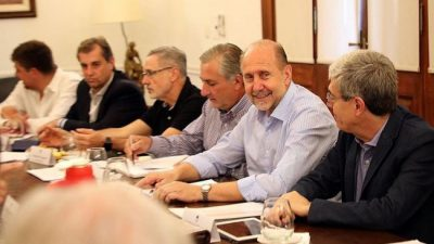 Santa Fe: El reparto de cargos políticos en la Provincia, muy lejos de la equidad