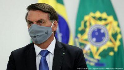 Jair Bolsonaro derogó un decreto que avanzaba hacia la privatización de la salud pública