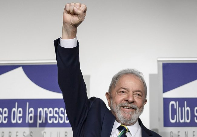 """El pueblo de Bolivia """"restableció la democracia"""", dijo Lula tras triunfo del candidato de Morales"""