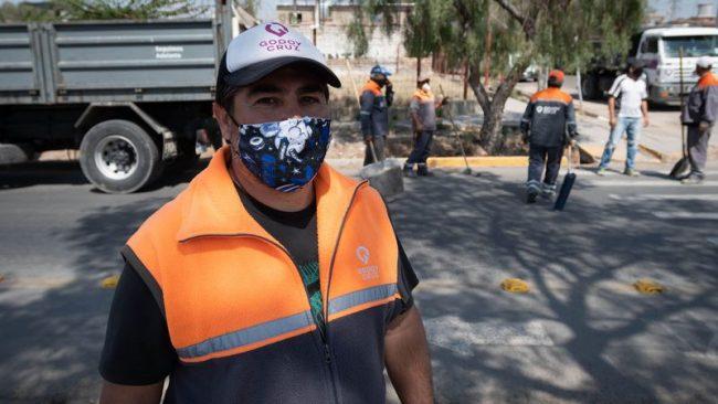 Godoy Cruz: Esenciales silenciosos, historias de los que nunca pararon de cuidar la limpieza