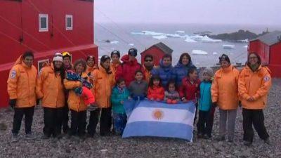 La única escuela donde este año hubo clases presenciales, en la Antártida, cierra en 2021