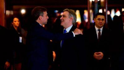 """Córdoba en """"default"""": Llaryora acelera la renegociación de plazo y tasa con los bonistas"""