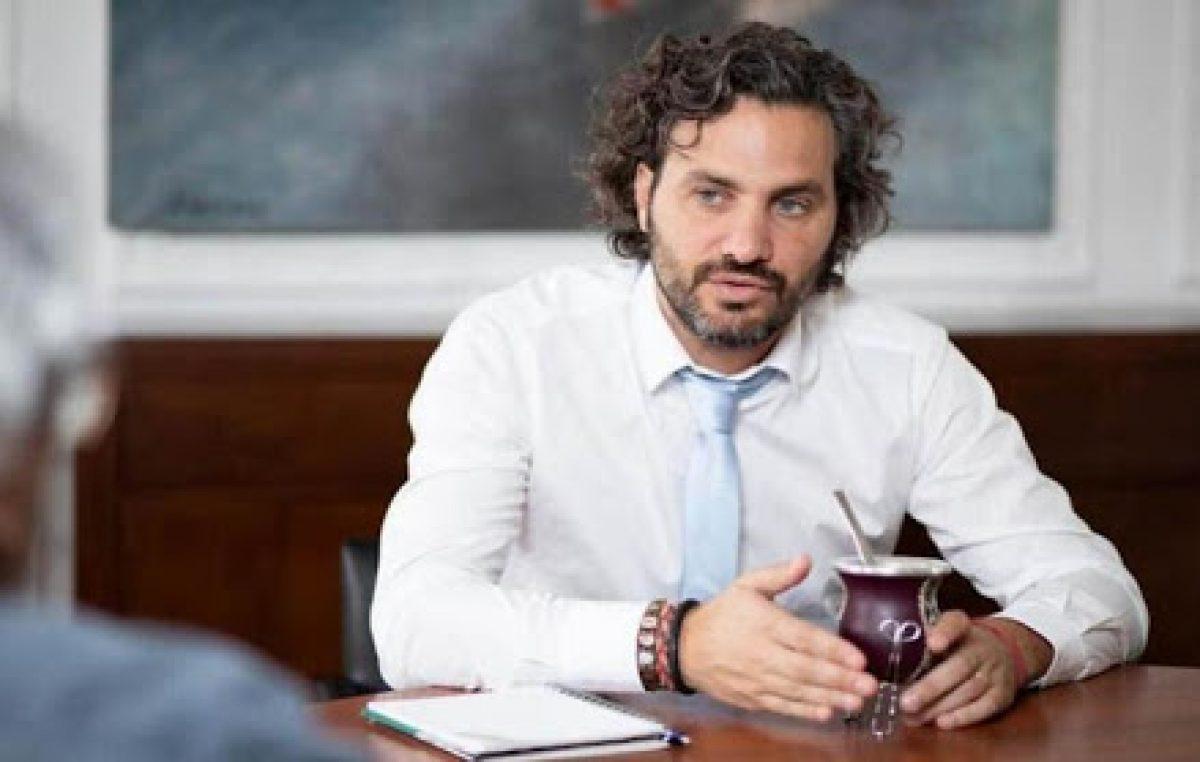 Santiago Cafiero mantiene este lunes un encuentro virtual con concejalas de todo el país