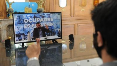 Programa Municipios de Pie: Wado de Pedro se reunió con el intendente de Ushuaia