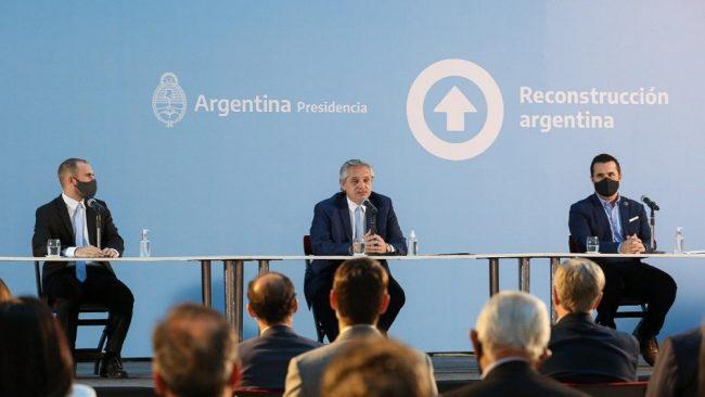 """Fernández llamó a """"eliminar odios y venganzas"""" y abogó por traer inversiones que generen """"trabajo"""""""