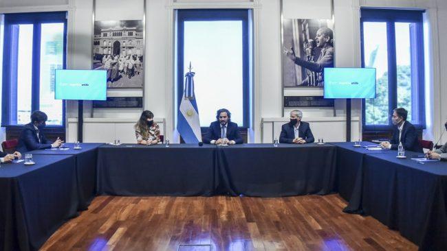 Acuerdo con intendentes bonaerenses para despapelizar la administración pública