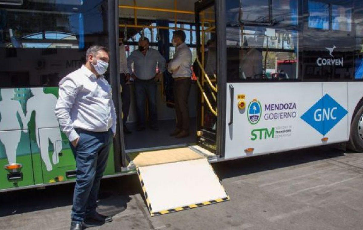 Mendoza ya tiene su primer colectivo que funciona 100% a GNC: harán una prueba de 60 días y será gratuito