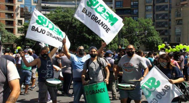 Córdoba: Llaryora ofrece 23,4% en 2 veces y compensar parte del recorte