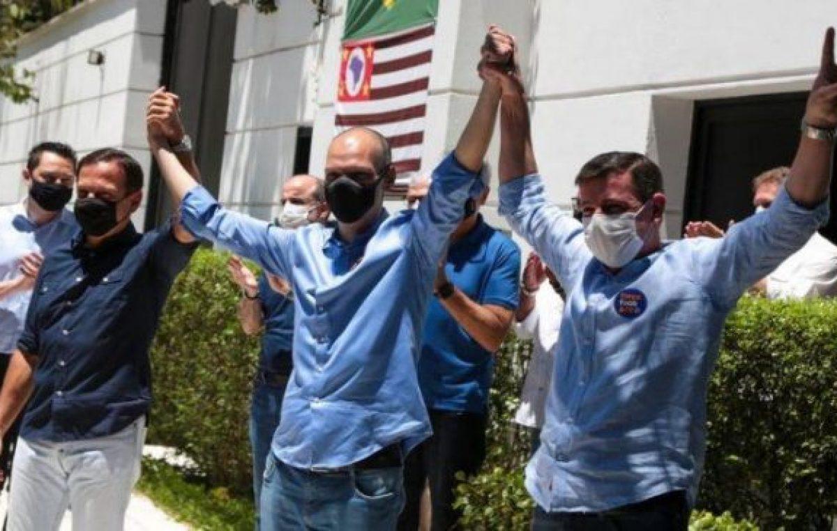 Covas fue reelecto en San Pablo y Paes desbancó al bolsonarista Crivella en Río de Janeiro