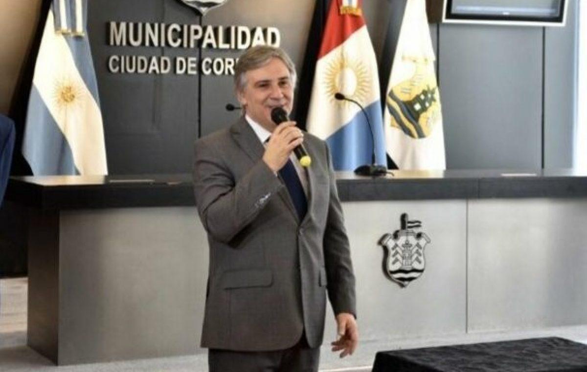 Con una rápida reestructuración, el intendente de Córdoba despejó el frente financiero