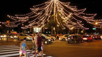 Comenzaron a funcionar ferias y mercados navideños en Rosario