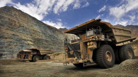 En el interior, las minas de oro son ajenas