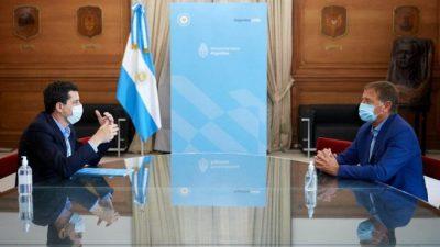 El Gobernador de Mendoza se trajo de Nación obras para nueve barrios populares