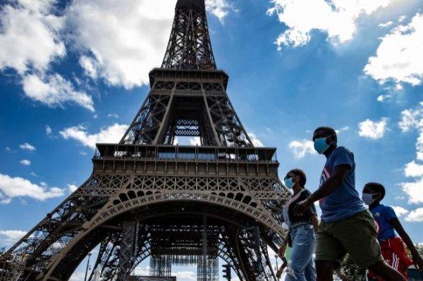 Francia: el gobierno subsidiará vacaciones en las empresas más afectadas por la pandemia
