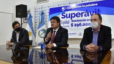 El intendente de Neuquén mostró superávit y asociación empresaria en las jubilaciones municipales