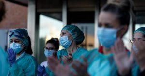 Más de 60.000 trabajadores de la salud tuvieron coronavirus y 362 fallecieron