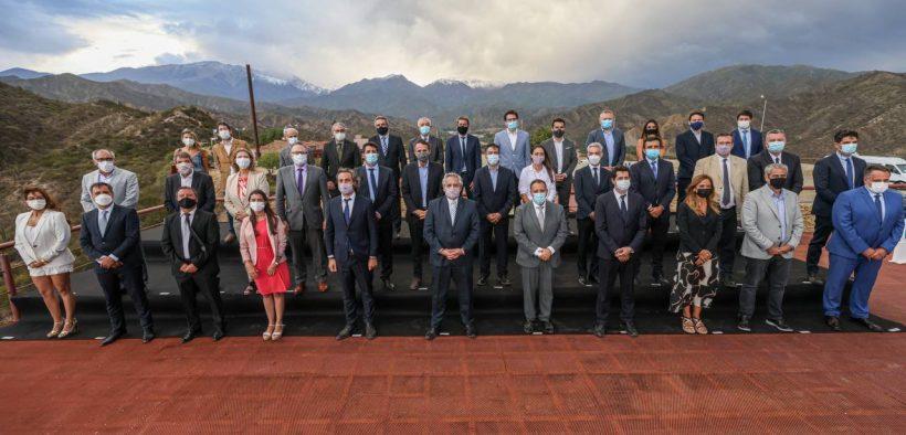 Alberto Fernández en Chilecito, inversiones y el deseo de los gobernadores del Norte Grande de suspender la PASO