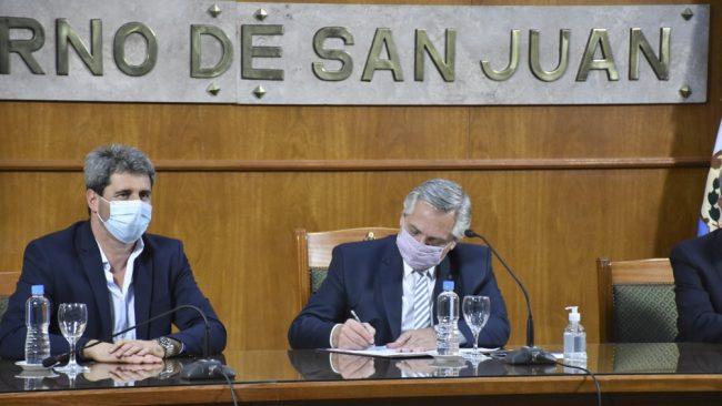 El Gobierno anticipará fondos a San Juan para la construcción de viviendas