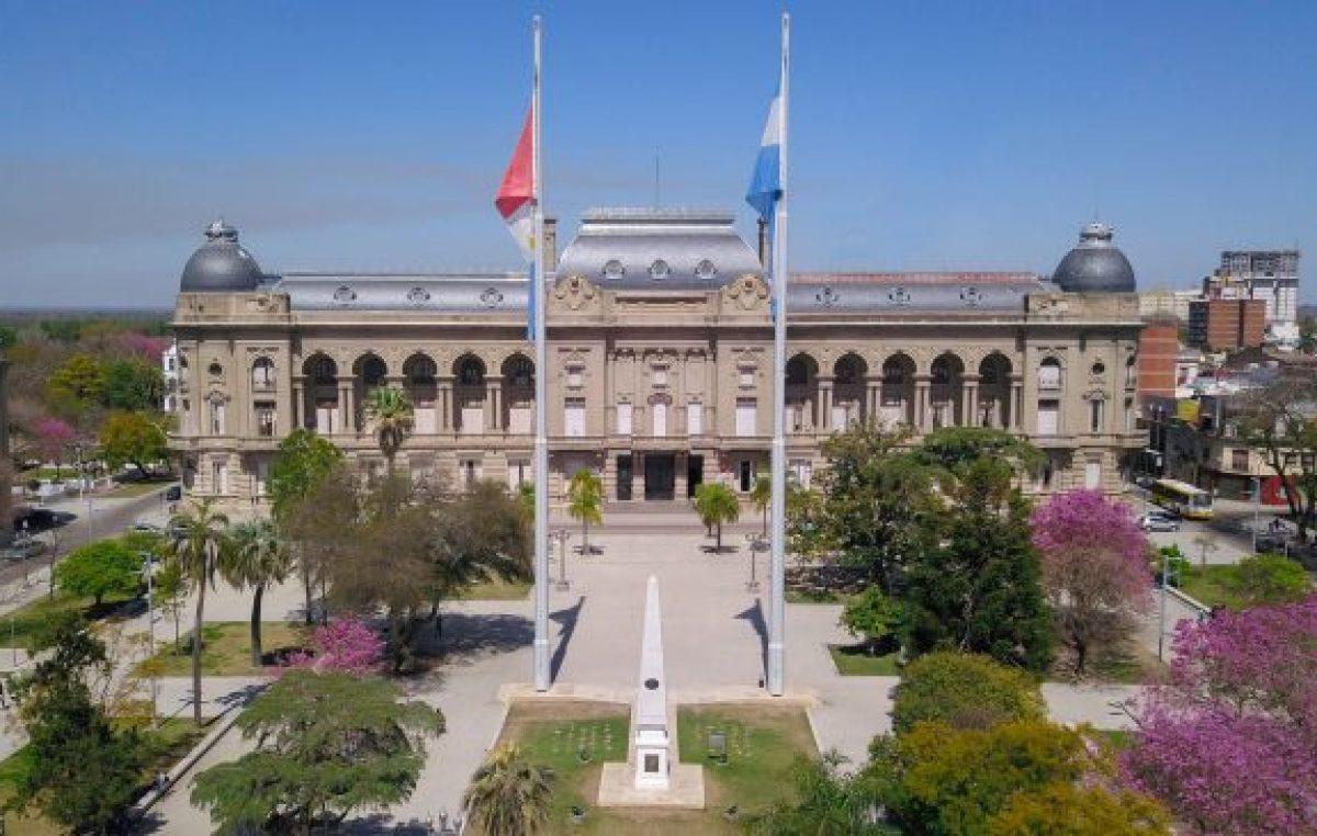Santa Fe abordará la autonomía municipal con intendentes y presidentes comunales