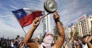 Chile: La oposición pide incluir a los estudiantes en el proceso constituyente