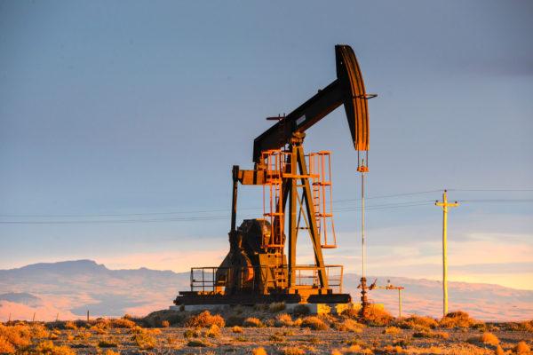 La caída de las regalías petroleras golpeó a los municipios rionegrinos