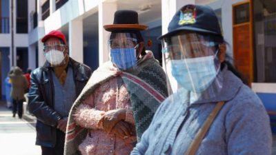 Médicos de Bolivia hacen paro para exigir un confinamiento «rígido»
