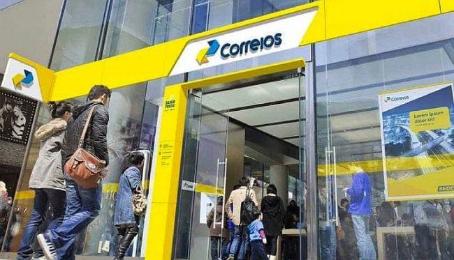 Bolsonaro entregó al Congreso un proyecto de ley para privatizar la empresa de correos
