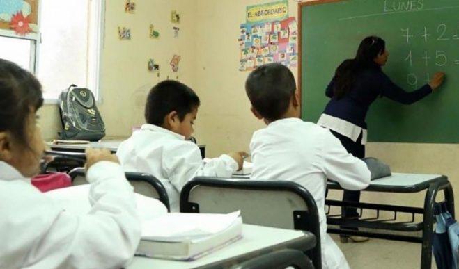 El Gobierno de San Juan acordó un 50% de aumento para los docentes