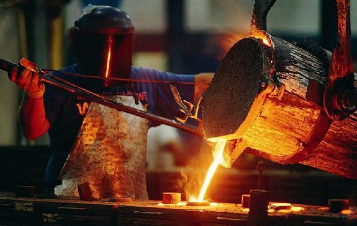 La producción de acero creció fuerte