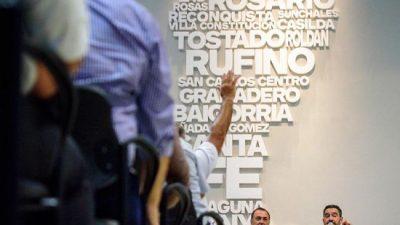 Sin oferta salarial, municipales santafesinos paran 48 horas