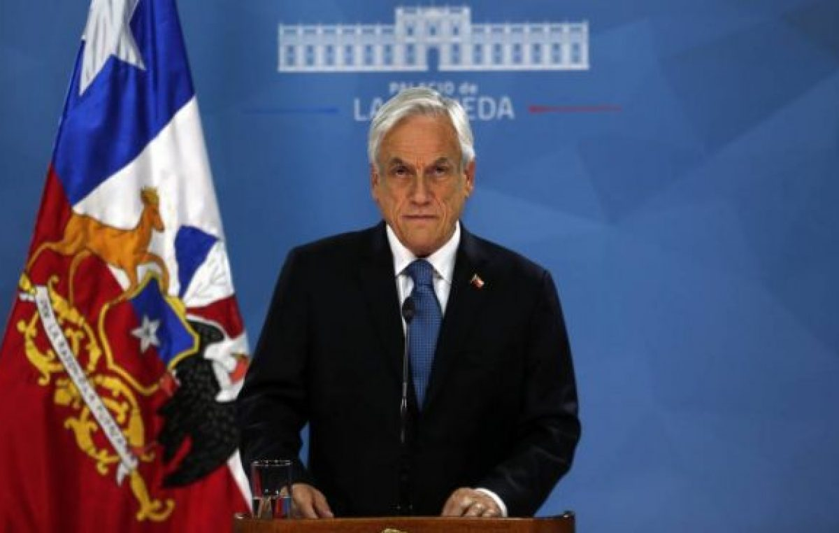 Piñera busca apoyos en el Congreso para aplazar las elecciones a mayo