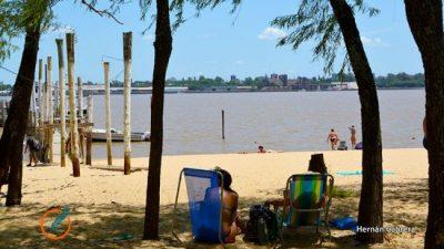 Insólito: los paradores que están en la única isla rosarina tributan en Victoria