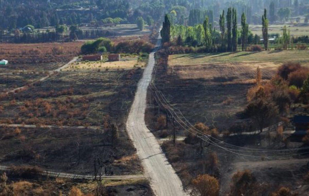 El relato de las familias que reconstruyen sus vidas después del incendio en la Comarca Andina