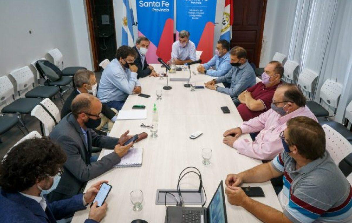 Municipales santafesinos acordaron un aumento del 35%