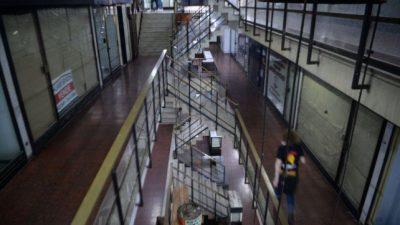 Rosario: Buscan reactivar la céntrica galería San Martín, hoy asfixiada por las deudas y plagada de locales vacíos