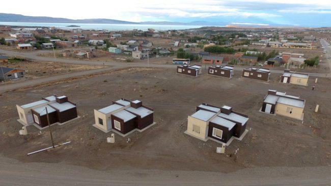 Municipio calafatense entregó viviendas y Nación financiará 74 más
