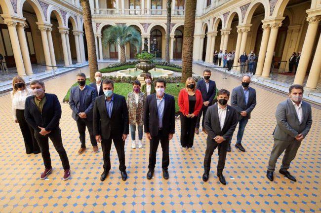 Provincia de Buenos Aires distribuirá 5 mil millones de pesos a municipios