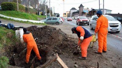 El intendente de Bariloche entregó al Concejo la Ordenanza que busca implementar el escalafón municipal