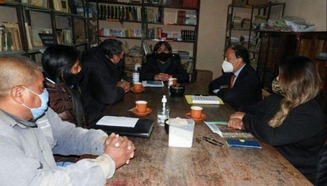 Coordinan desprecarización de obreros municipales en Maimará