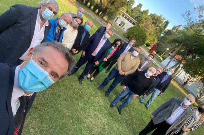 Fernández dijo a la CGT que tiene el nombre del nuevo Superintendente de Salud