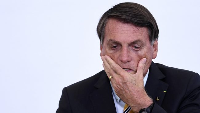 Cercado por los escándalos de corrupción, Bolsonaro nombró un nuevo jefe de Gabinete