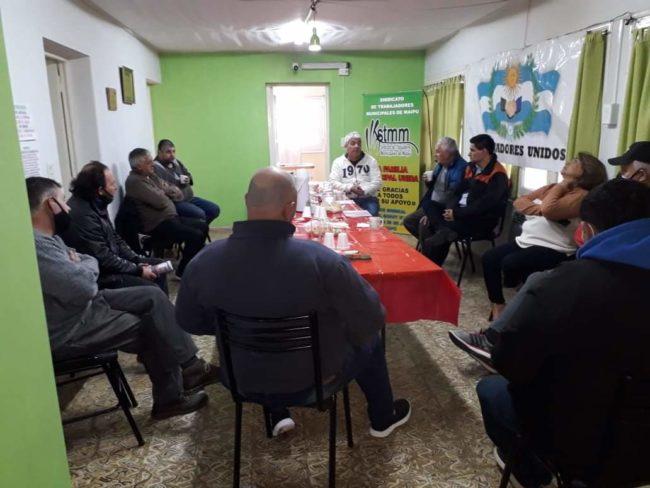 Gremios de municipales se acercan al Frente de Todos en Mendoza
