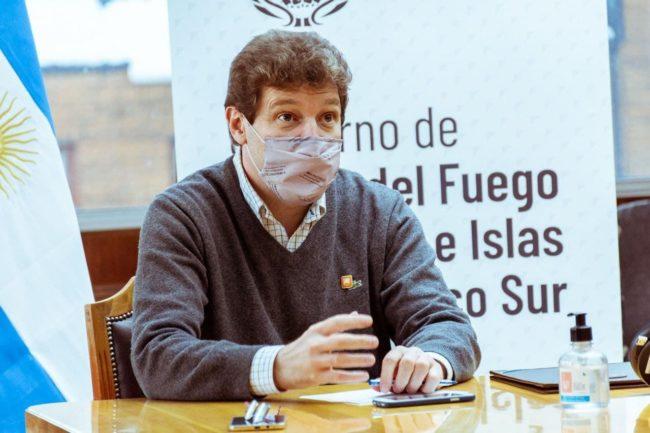 """El gobernador de Tierra del Fuego criticó la postura """"probritánica"""" de la oposición nacional que pretende """"naturalizar la ocupación de Malvinas"""""""