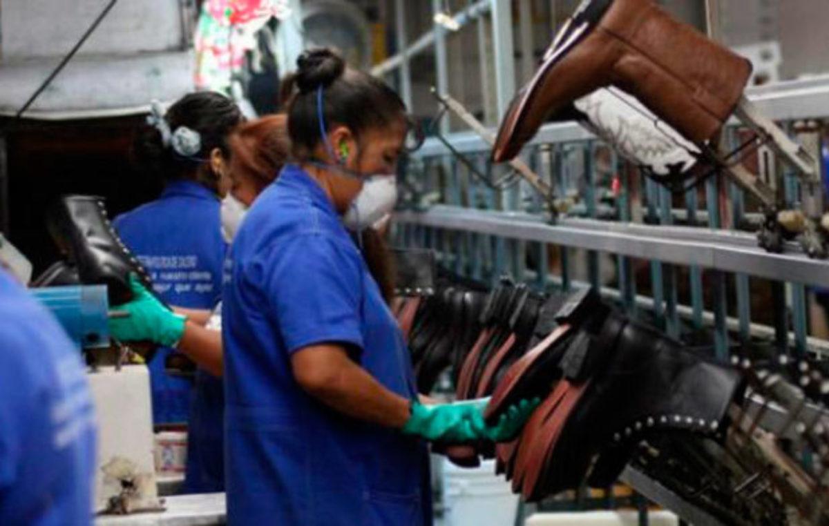 Moroni: «No existe evidencia empírica de que la eliminación de derechos laborales genere más empleo»