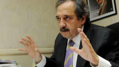 Ricardo Alfonsín: «La derecha intenta frenar las iniciativas que contradicen intereses de las grandes corporaciones»